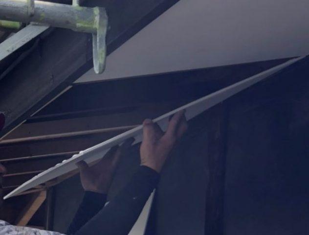 飯田市内で軒天の工事などを行いますー軒天の補修2