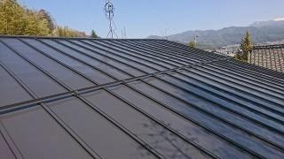 トタン屋根塗装完成です