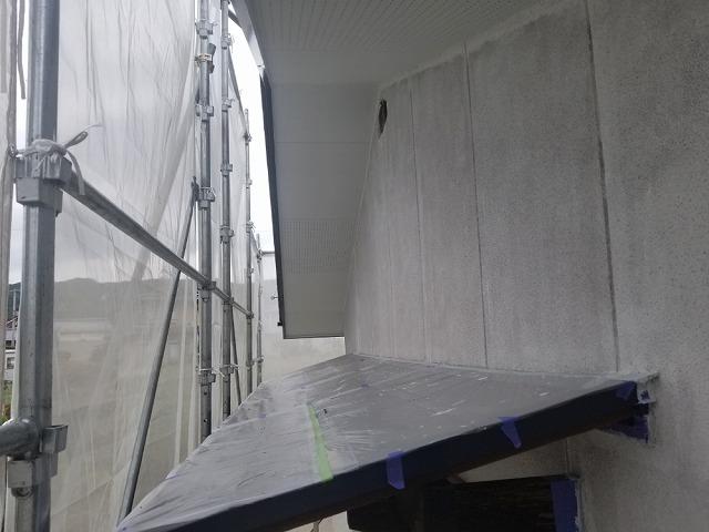 外壁用下塗り完成です
