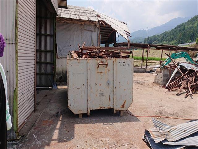 長野県飯島町牛舎解体15