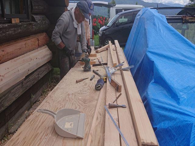 長野県飯島町ログハウス木部修繕1