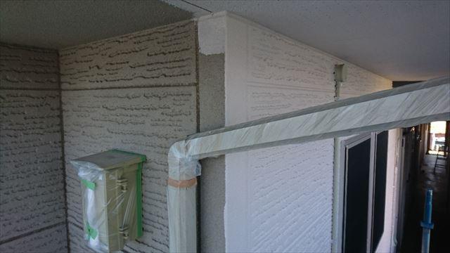 駒ヶ根市赤穂ALC外壁北面下塗り中塗り4