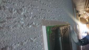 駒ヶ根市赤穂ALC外壁北面下塗り中塗り5