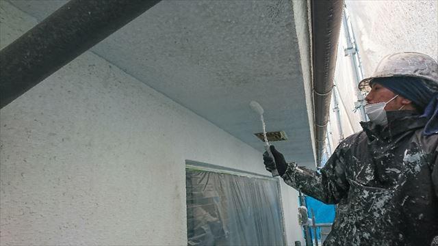 塩尻市外壁塗装屋根カバー下塗り5