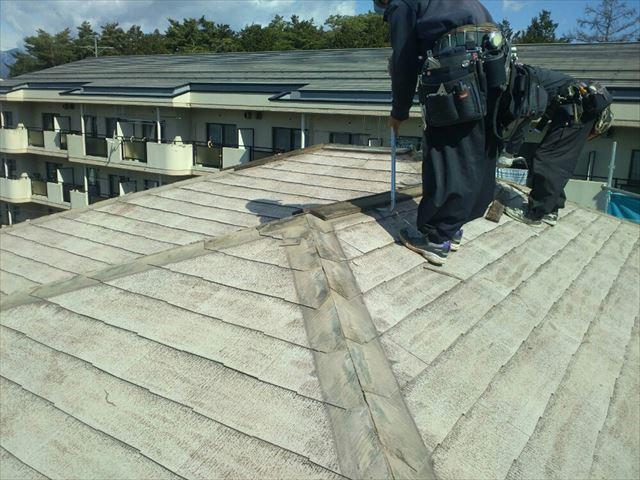 塩尻市外壁塗装屋根カバー屋根役物外し4