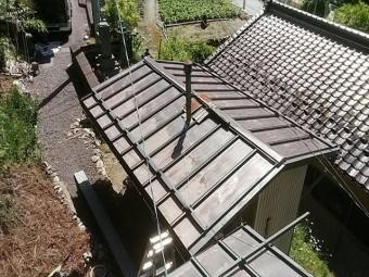 長野県飯田市上村 トタン屋根中塗り4