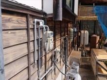 長野県飯島町腰壁玄関木部塗装ケレン2