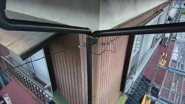 新規縦樋設置しています