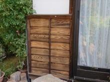 長野県飯島町腰壁玄関木部塗装ケレン5