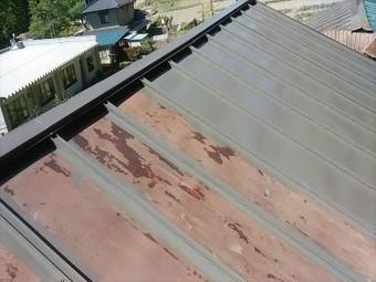 長野県飯田市上村 トタン屋根中塗り6