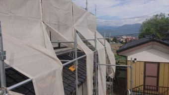 長野県駒ヶ根市モルタル外壁塗装足場作業12