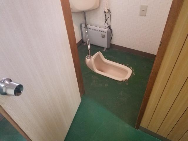 和式トイレを洋式にリフォームします