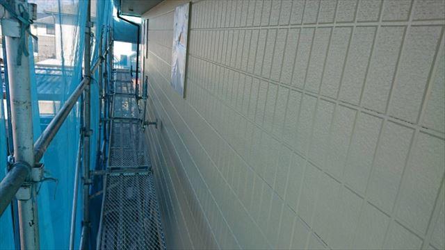 駒ヶ根市外壁塗装ベージュ1