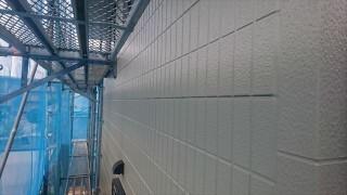 駒ヶ根市外壁塗装上塗り2