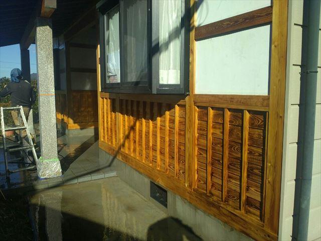 駒ヶ根市腰壁洗浄1