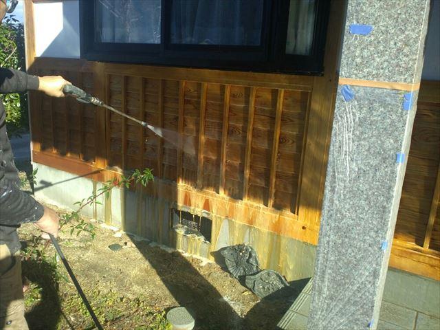 駒ヶ根市腰壁洗浄3