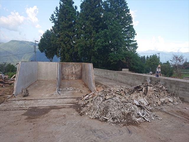 長野県飯島町スレート牛舎解体後半9
