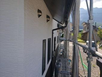 長野県駒ヶ根市外壁屋根塗装上塗り2