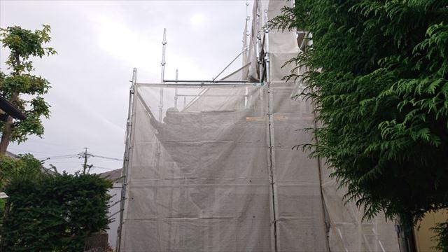 長野県駒ヶ根市モルタル外壁塗装足場作業1