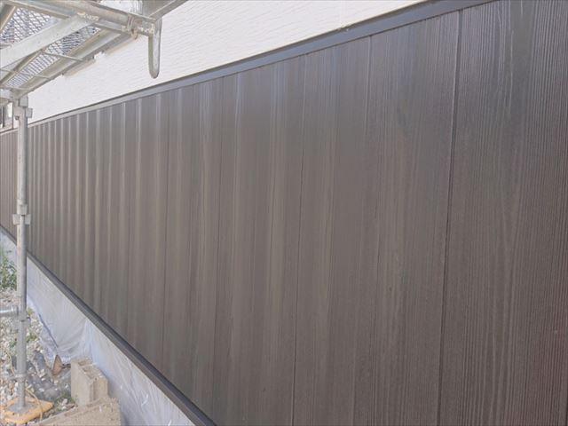 長野県駒ヶ根市外壁屋根塗装中塗り4