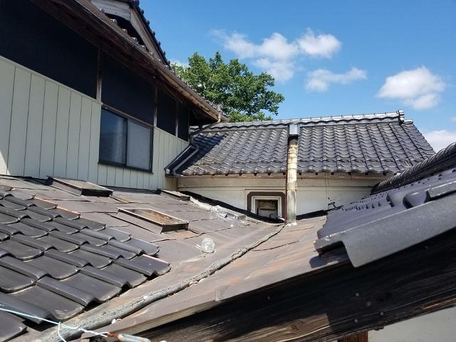 天窓の雨漏り点検です。④