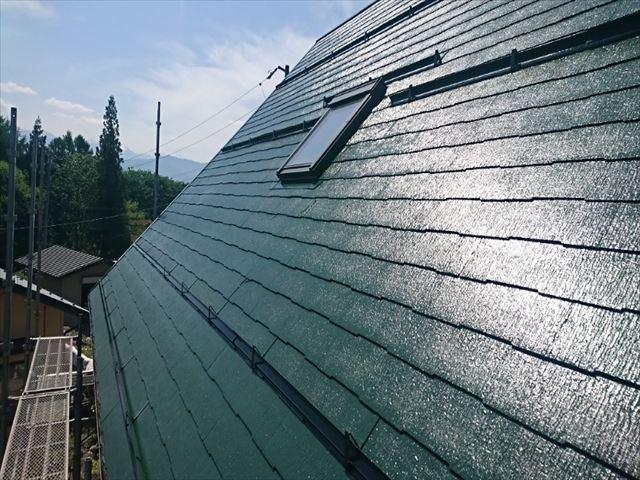 長野県中川村ログハウス屋根上塗り2