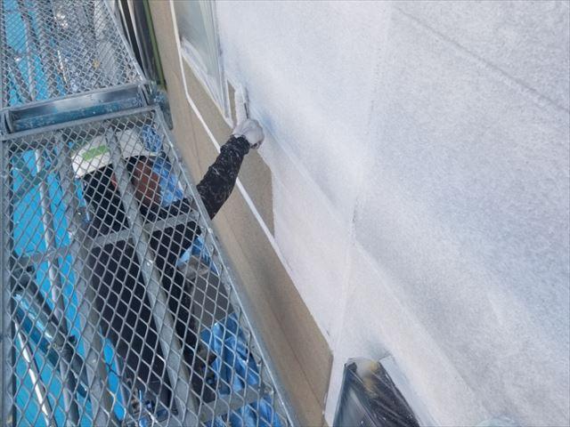 飯田市大瀬木外壁塗装下塗り3