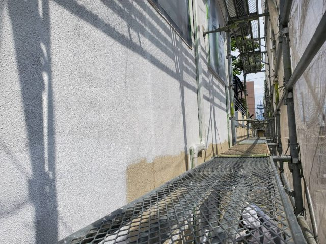 飯田市内で屋根外壁塗装工事とシロアリ駆除を行いました。-5.外壁塗装