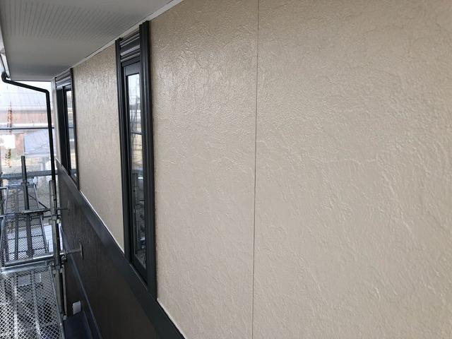 外壁上塗りです