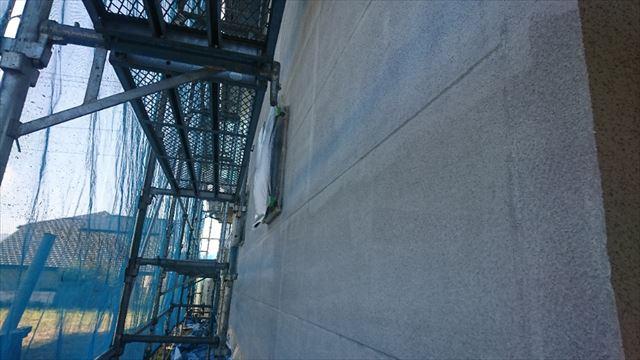 飯田市大瀬木外壁塗装下塗り1
