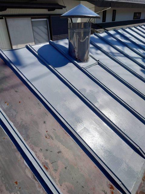 阿南_屋根塗装シリコン_下塗り2
