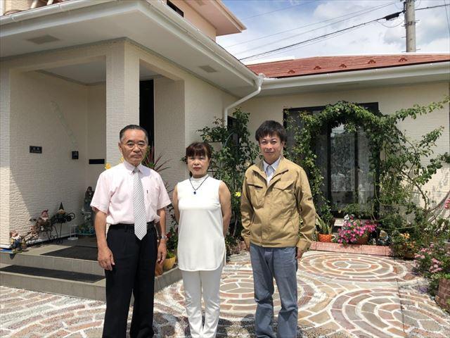 飯田市北方で外壁屋根塗装工事していただいたお客様です。ドローンで完成写真撮りました!