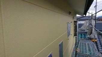 長野県駒ヶ根市赤穂ALC外壁塗装中塗り4