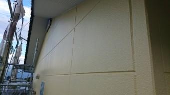 長野県駒ヶ根市ALC外壁塗装中塗り2