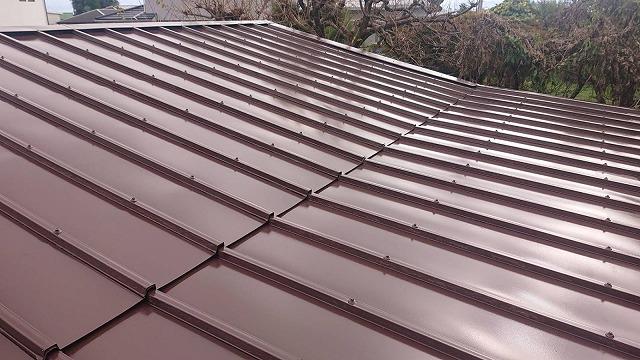 飯田市北方屋根葺き替え塗装中塗り1