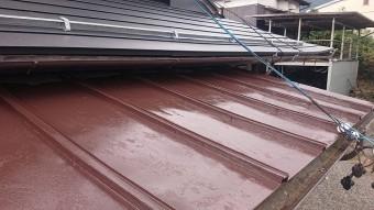 飯田市北方屋根葺き替え塗装中塗り2