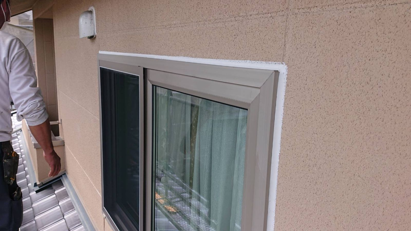 松川町サンワ外壁塗コーキング作業6