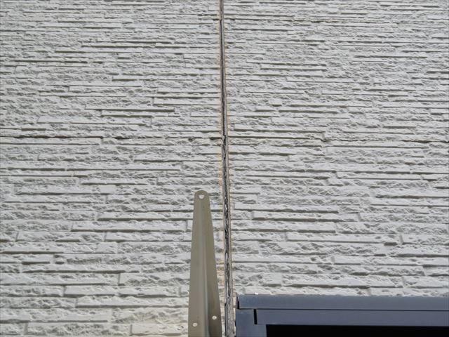 外壁屋根塗装施工前です
