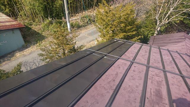 宮田村トタン屋根下塗り2