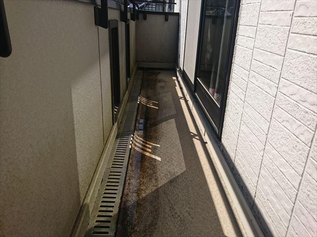 長野県ベランダ雨漏れ火災保険対応1