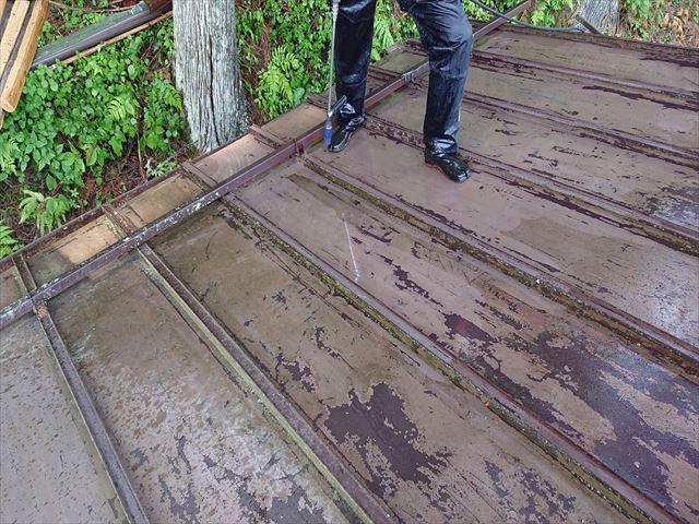 飯田市上村樹液被害トタン屋根洗浄3