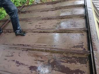 飯田市上村樹液被害トタン屋根洗浄1