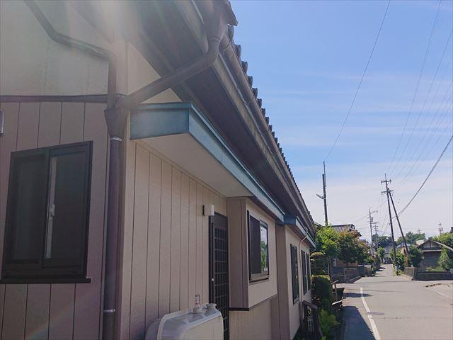 長野県宮田村・霧除け・トタン・外壁塗装現状3