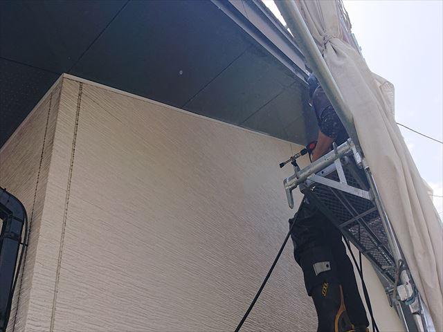 長野県駒ヶ根市外壁屋根塗装工事洗浄1