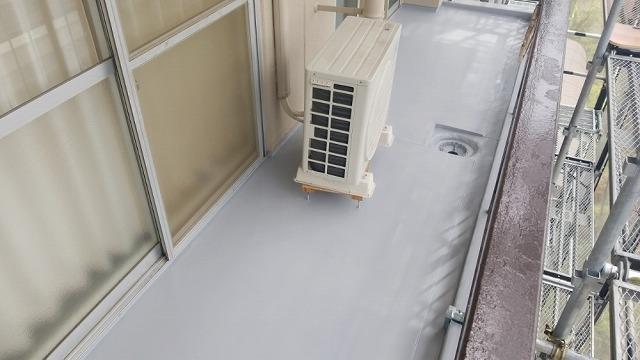 ウレタン防水トップコートの塗装完成です