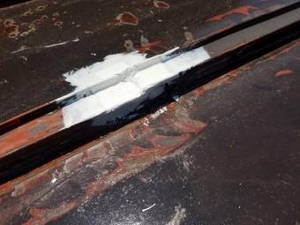 ソントラテープ テープ用塗料施工しています①