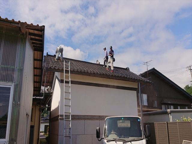 飯島町蔵瓦落し1