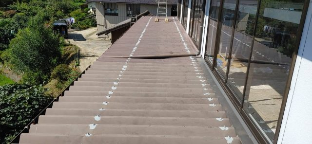 阿智村屋根塗装下塗り