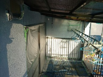 喬木村屋根外壁塗装養生5