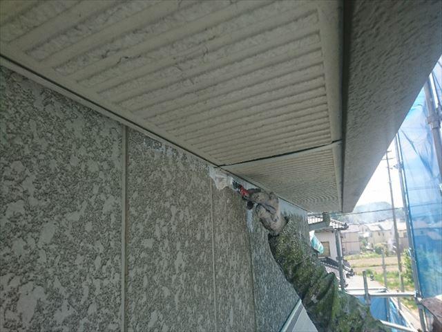 喬木村外壁下塗り1